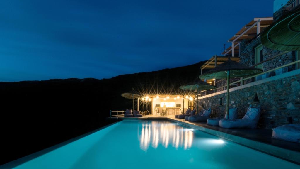 evening lights at k4 Kastellas on the island of Kythnos
